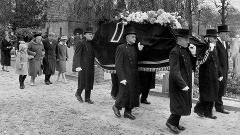 BegrafenisTheoMastwijk